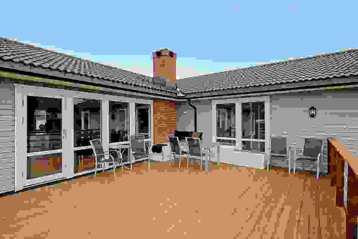 Stor deilig solrik terrasse