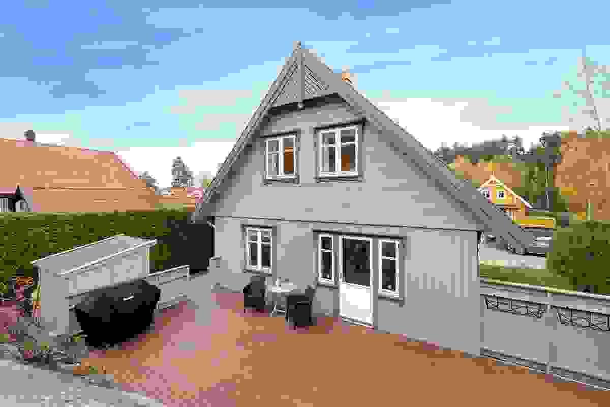 Stor og deilig terrasse med areal på 37 m².