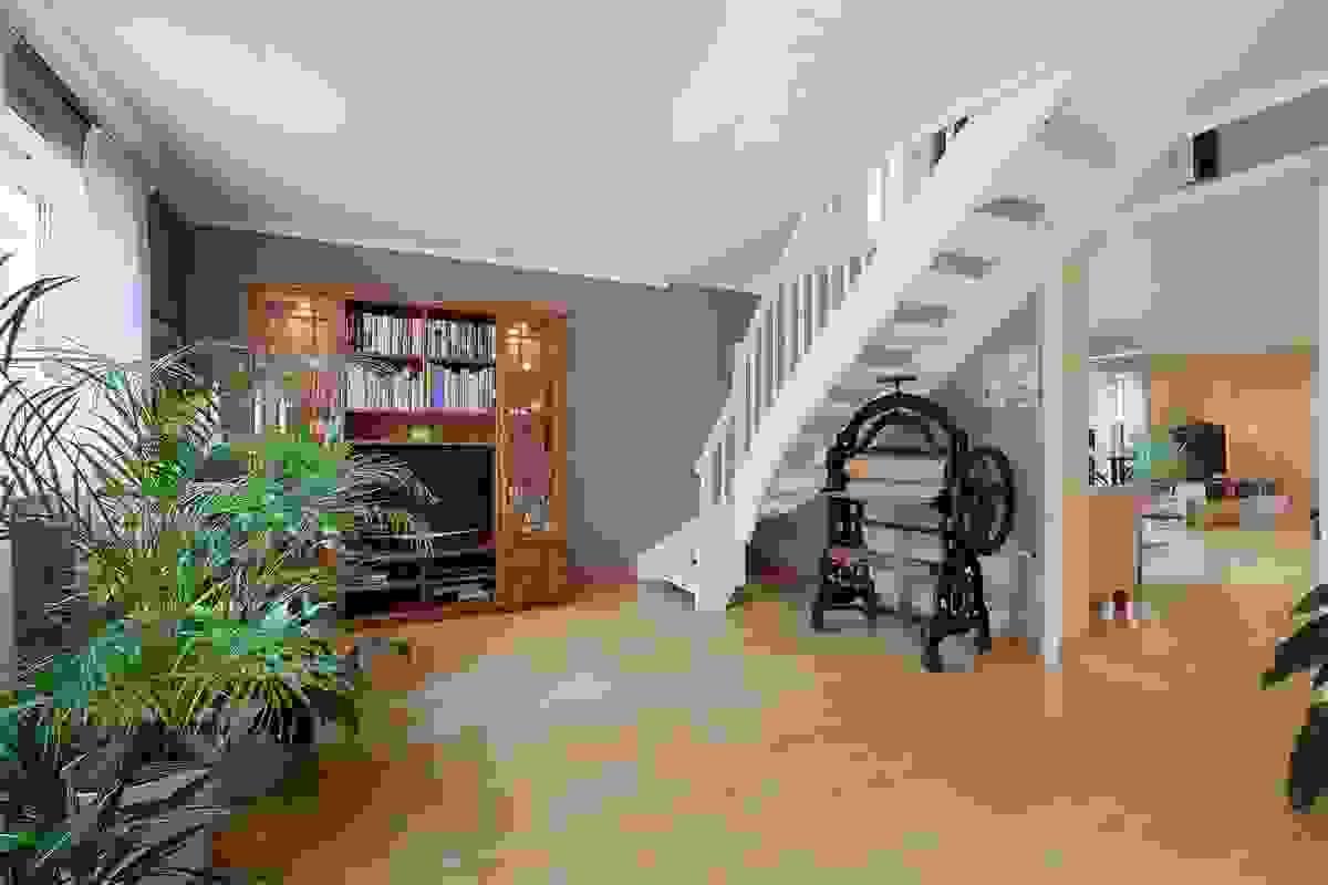 Stuen er et tilbygg fra 1989