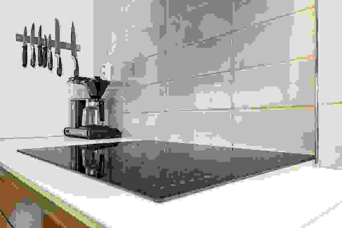 Kjøkkeninnredningen er fra IKEA og ble satt inn i sin helhet i 2012