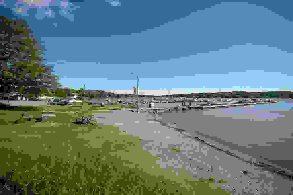 Nærområde; Badestrand på Storevahr