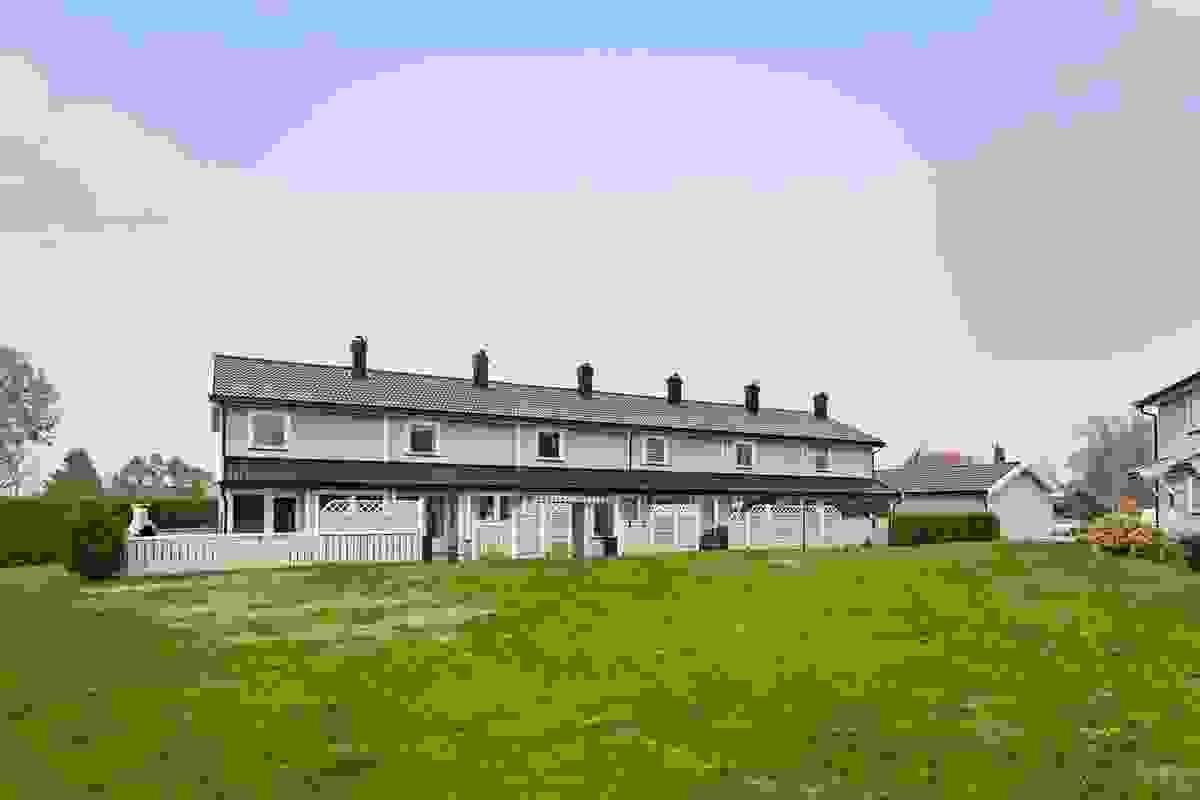 Fasade og grøntareal