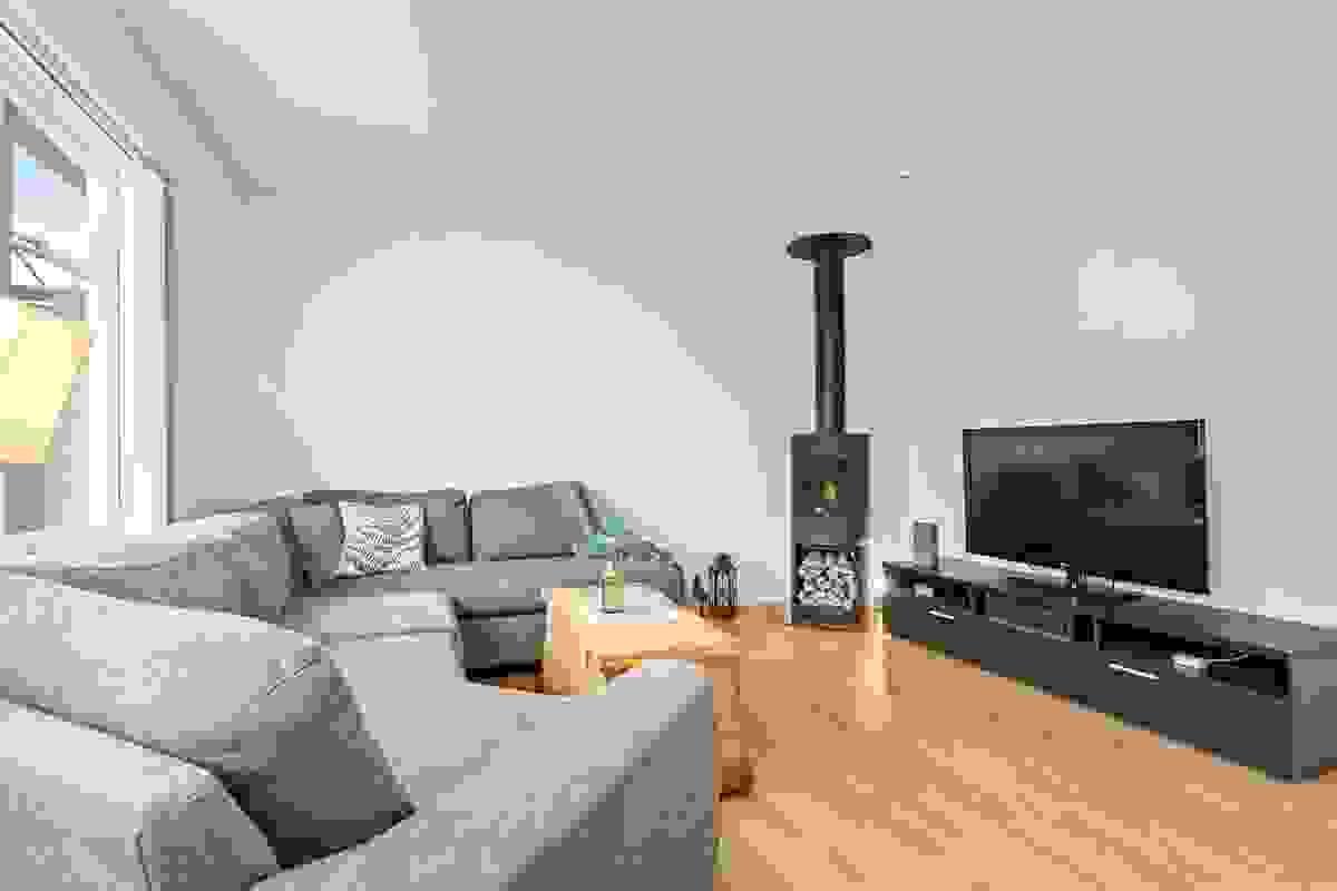 Peisovnen byr på hygge mens man slapper av foran tv'en