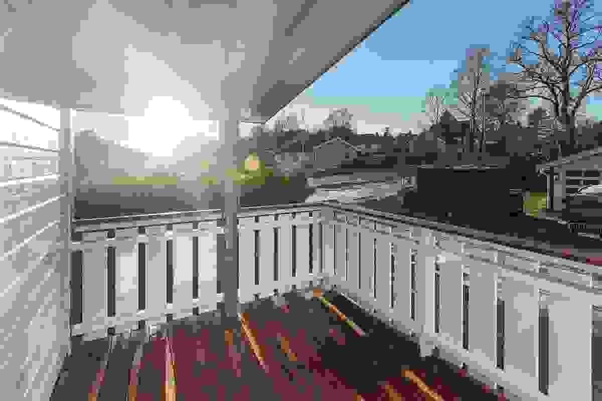 Fra soverommet er det utgang til sørvestvendt terrasse