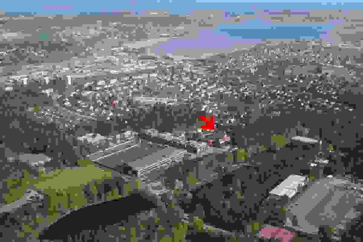 Eiendommens plassering sett fra drone