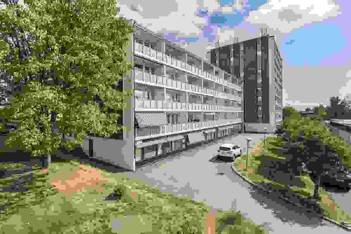 Z-eiendom v/Jørgen Nyhus har gleden av å presentere Bjørnsonsvei 4a og denne gjennomgående lyse og tiltalende 3roms leiligheten!