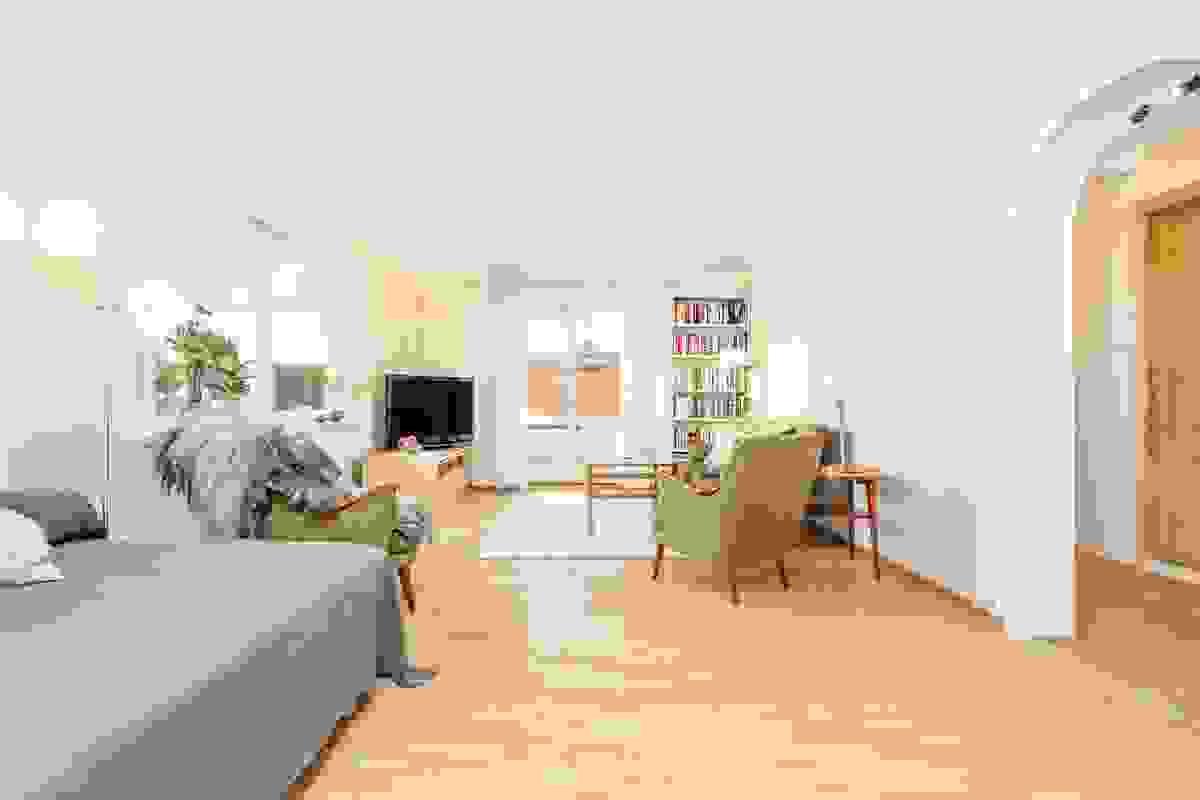 Klassisk parkettgulv i stue-/spisestue