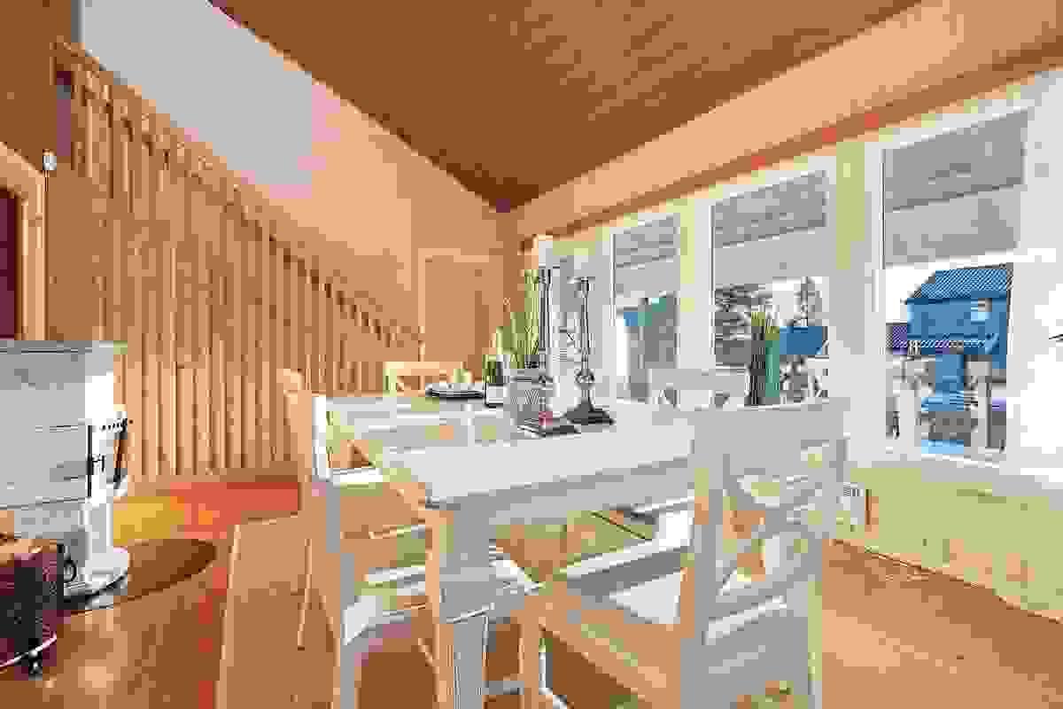 Godt med vindusflater i stue/spisestue