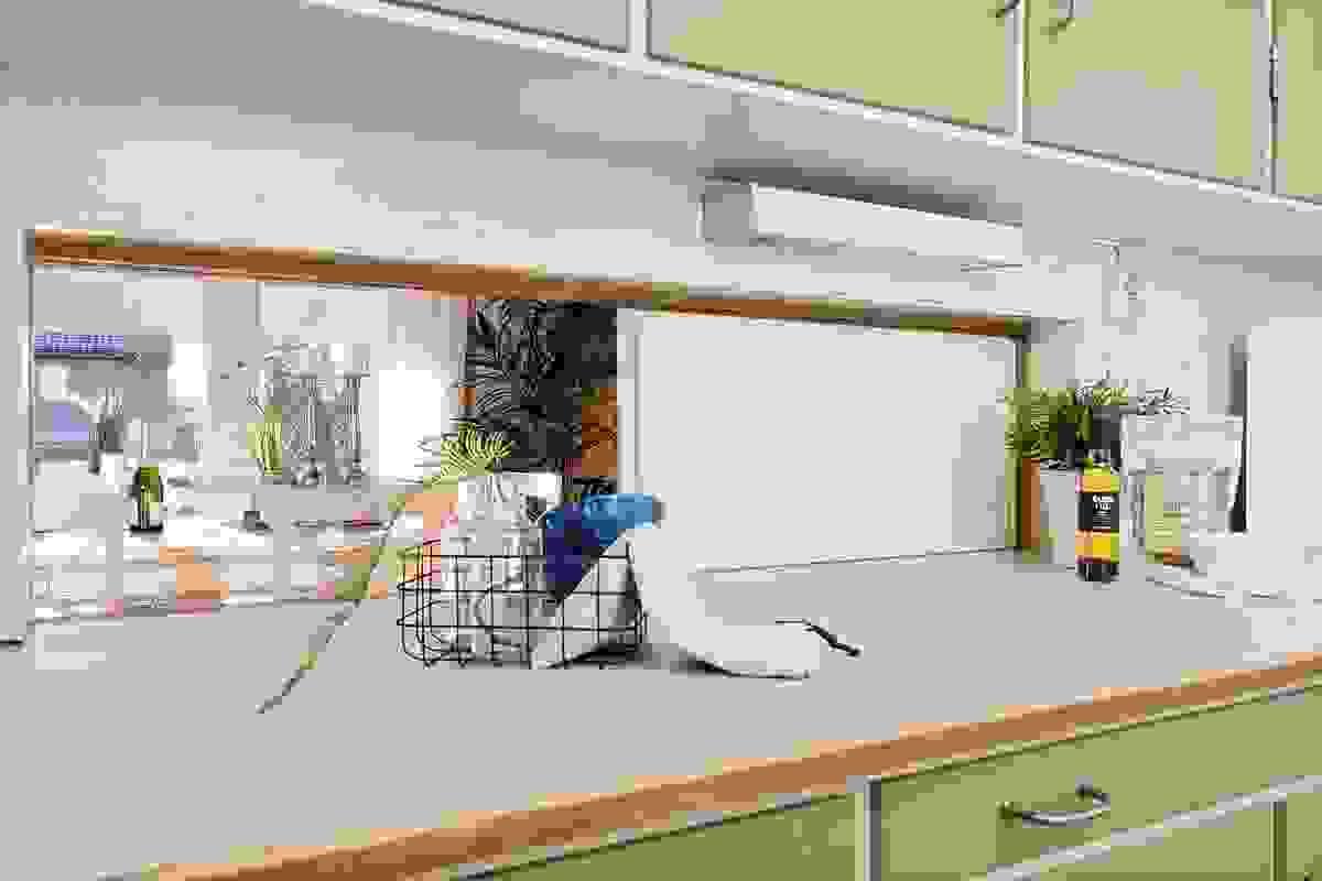 Serveringsluke fra kjøkken til stue/spisestue