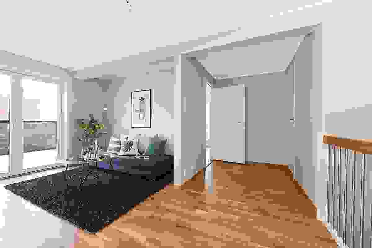 Tv-stue/gang i 2. etasje