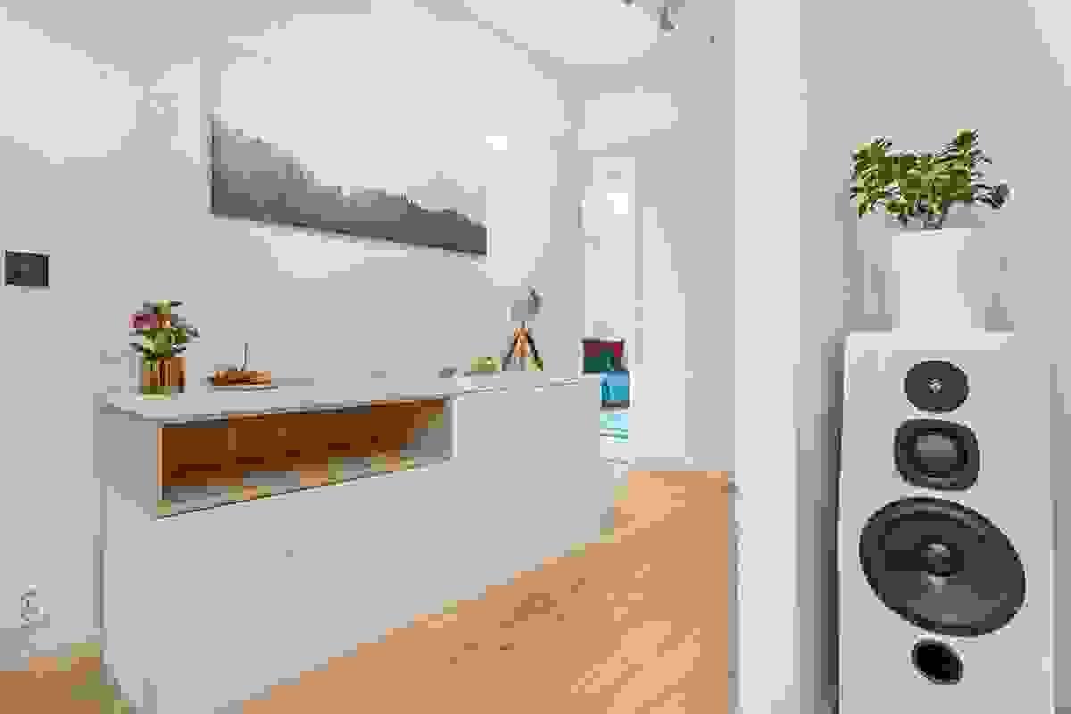 Soveromsgang med adkomst til to av soverommene, hovedbad og 2 boder