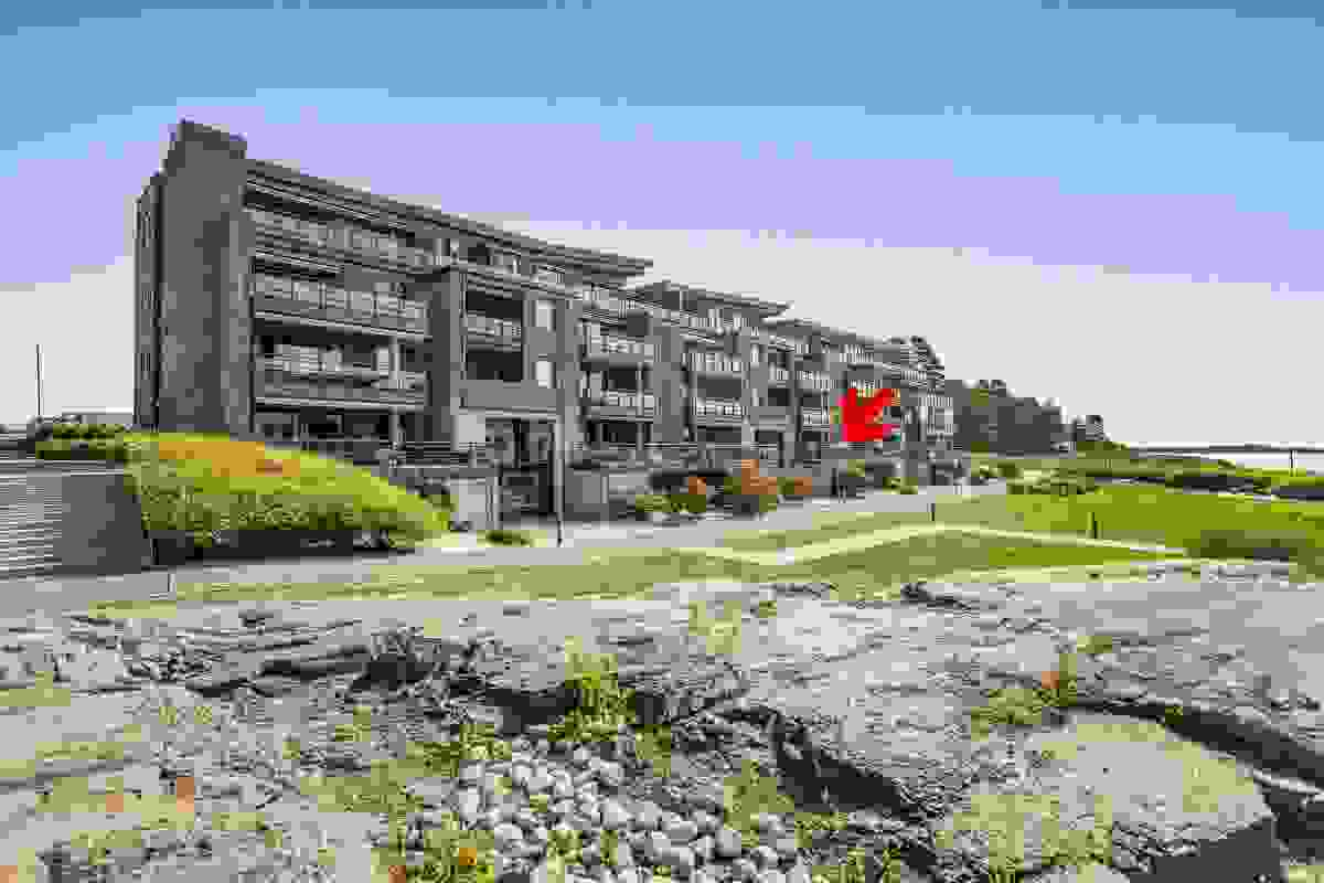 """""""Høy"""" 1. etasje hvor stue-/kjøkken og hovedterrasse blir som """"2. etasje å regne"""""""