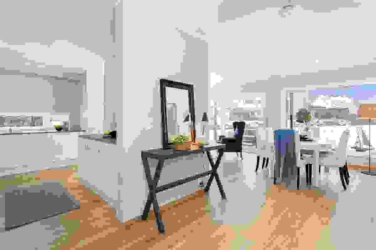 Stue-/spisestue og kjøkken