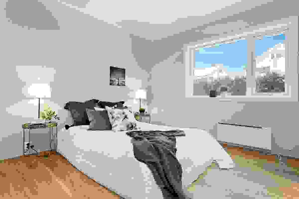 God plass til dobbeltseng på begge soverommene