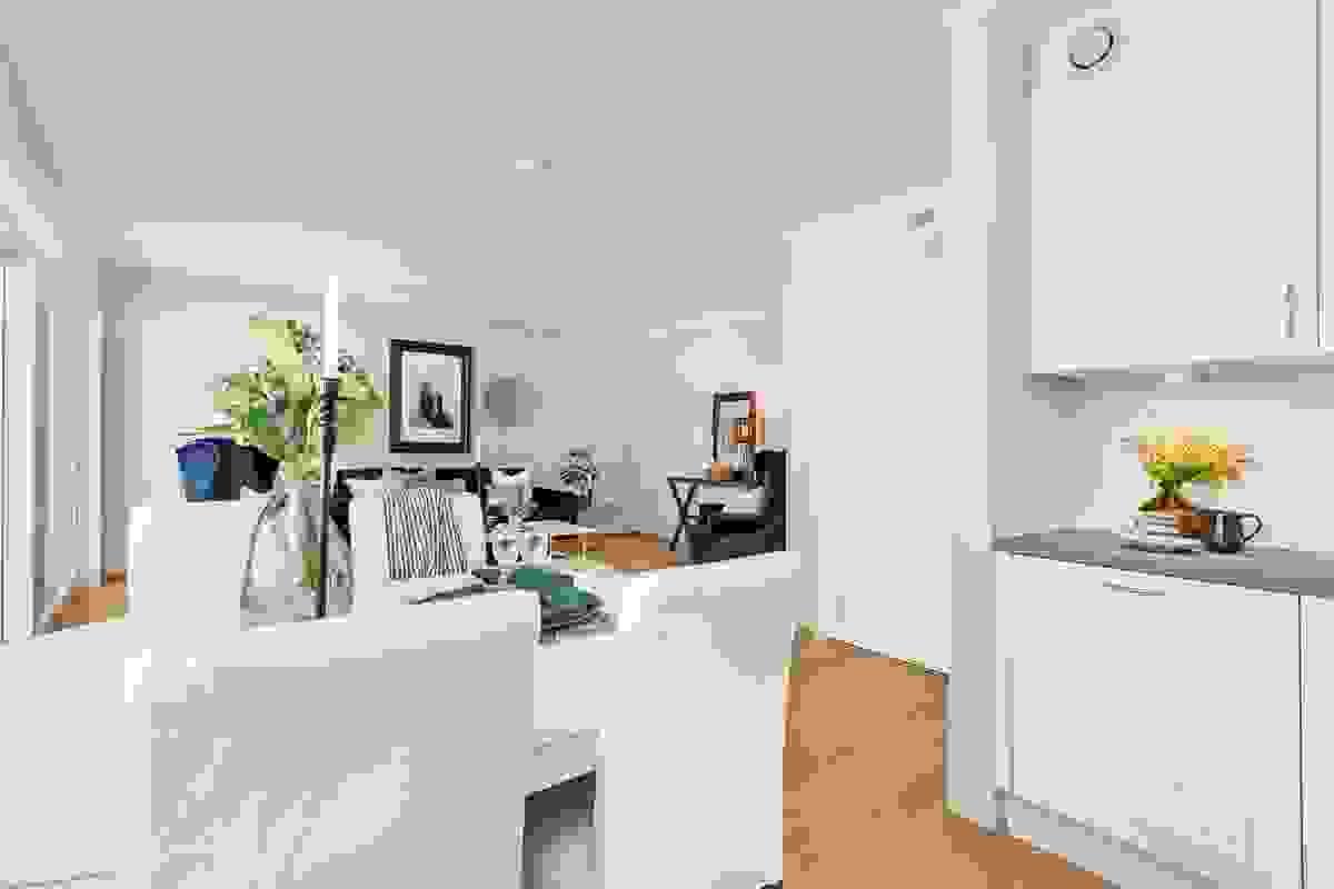Kjøkkenet ligger i flott sammenheng med stuen