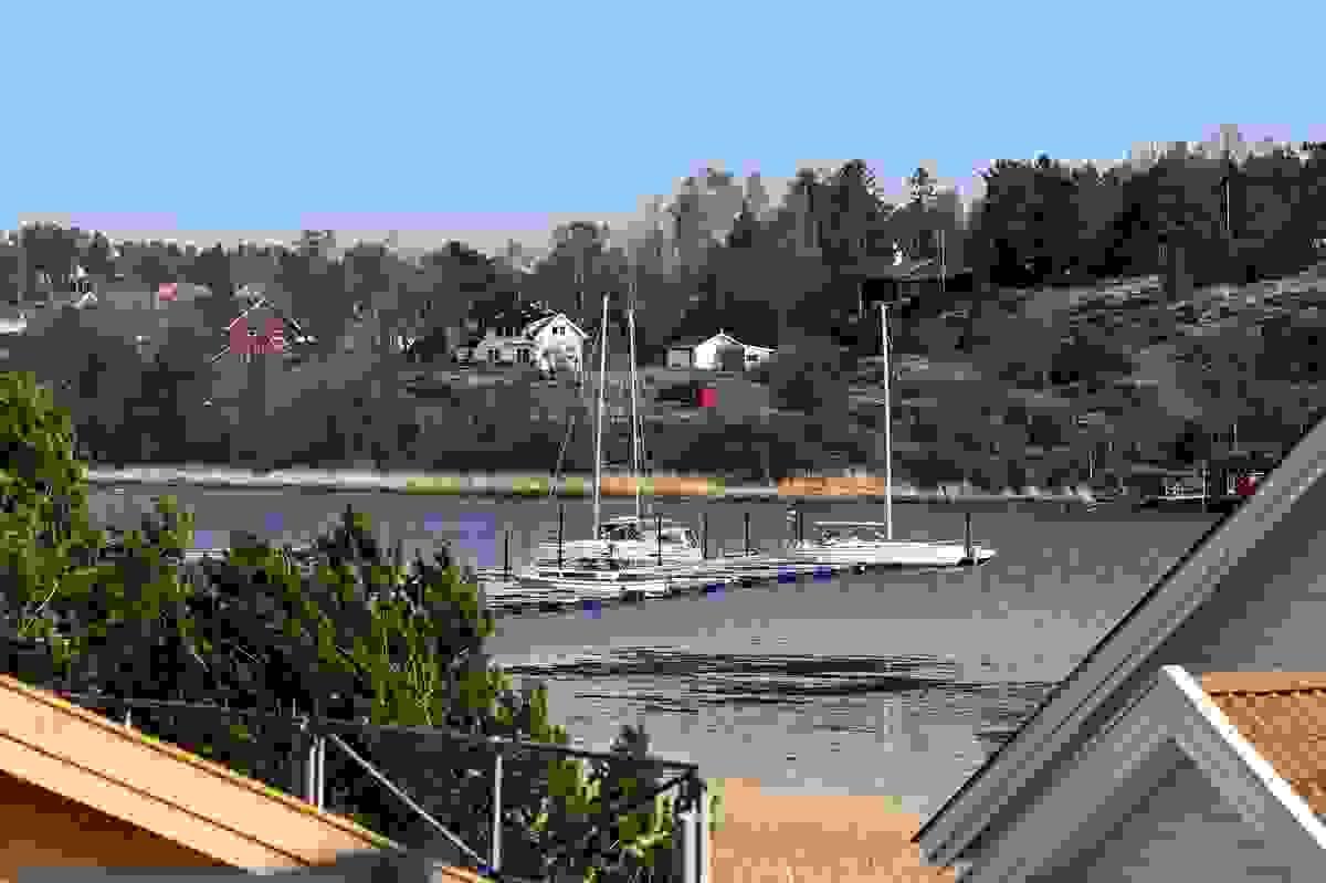 Utsikt fra balkongen til Ekenessundet