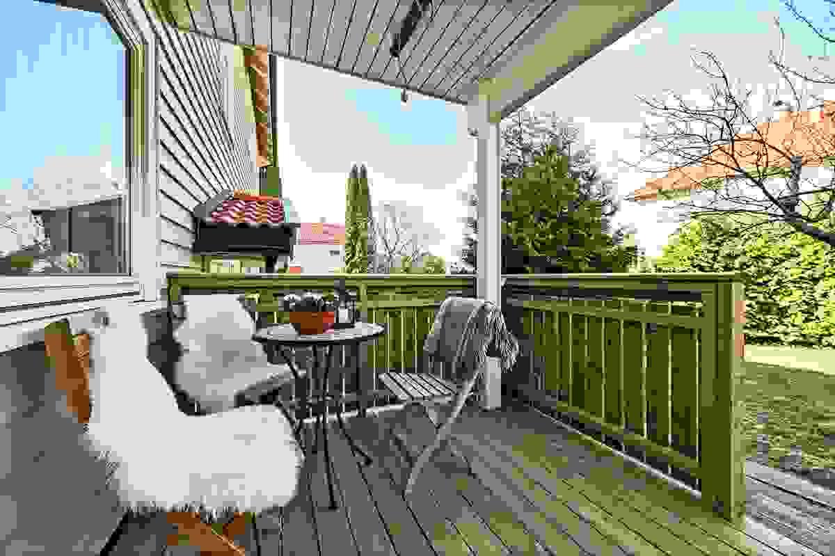 Deilig vestvendt ny balkong