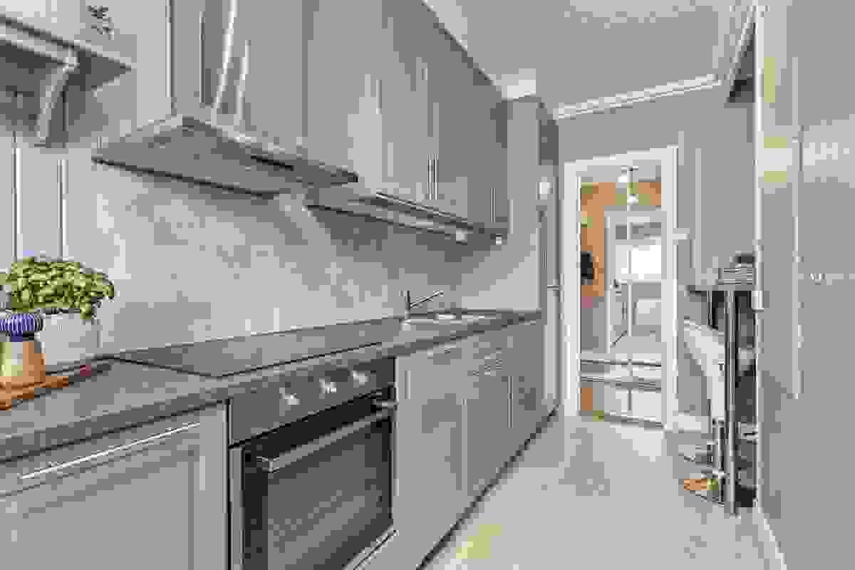 Den klassiske innredningen passer perfekt til husets stil