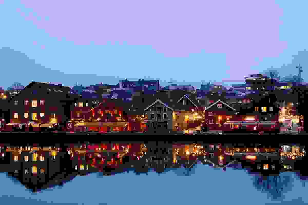 Områdebilde - kveldsbilde Tønsberg brygge