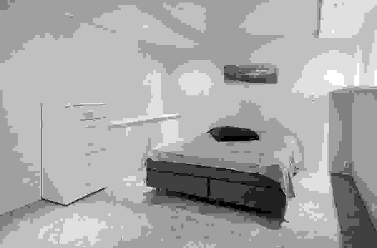 Vannbåren gulvvarme under flislagte gulv i kjelleretasjen