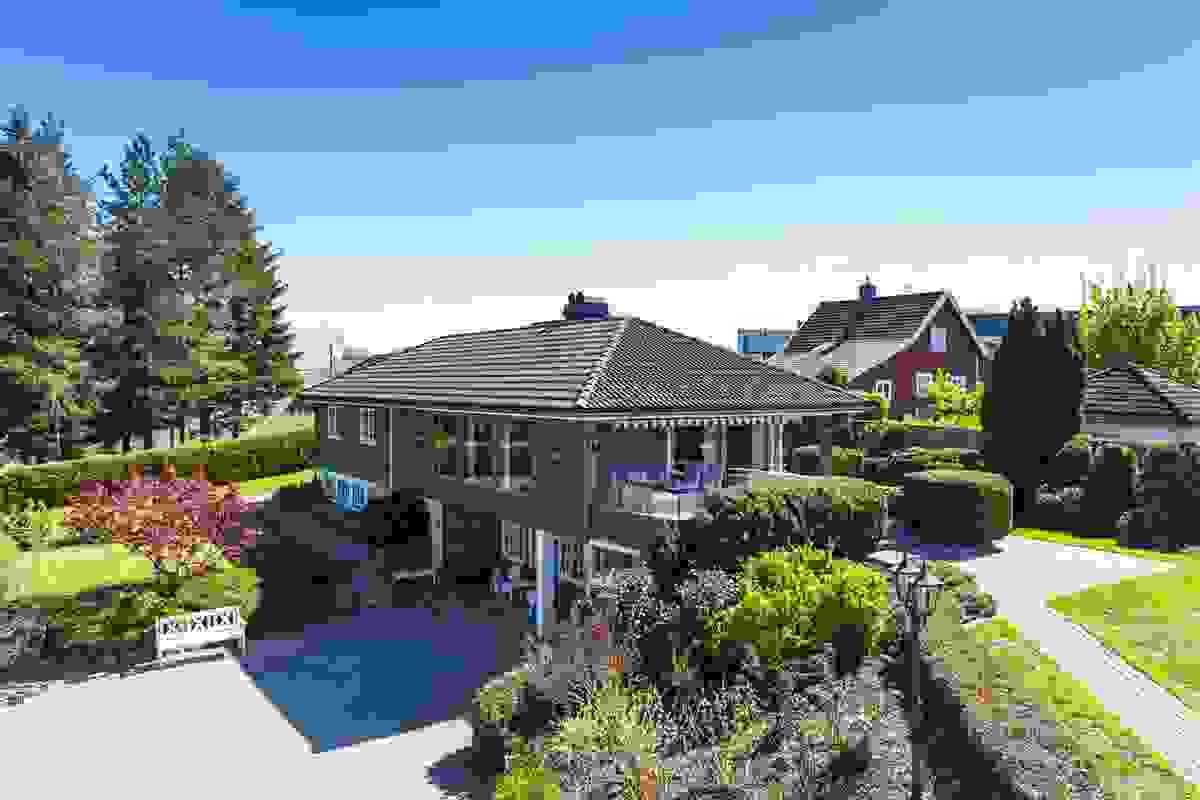 Nydelig hage og uteområder